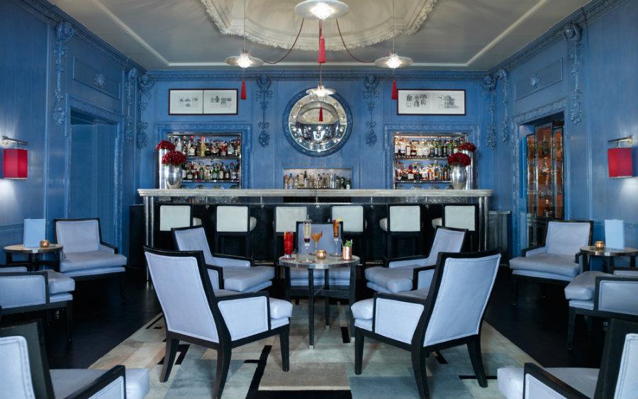 Blue bar at London Berkeley hotel by David Collins