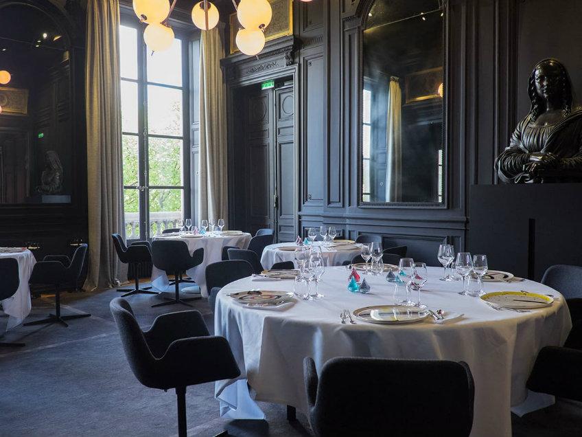 guy savoy luxurious restaurant