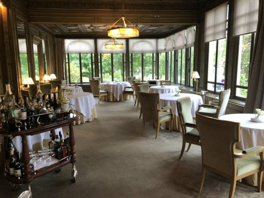 ledoyen restaurant and bar design